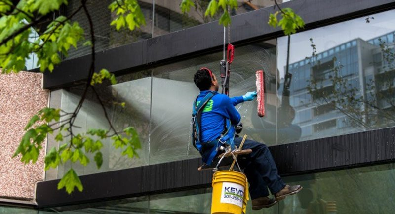 Why hire experts for building pressure cleaning?