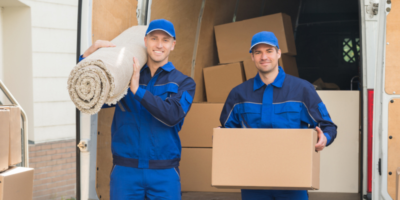 Benefits of Hiring Movers When Moving Somewhere Else