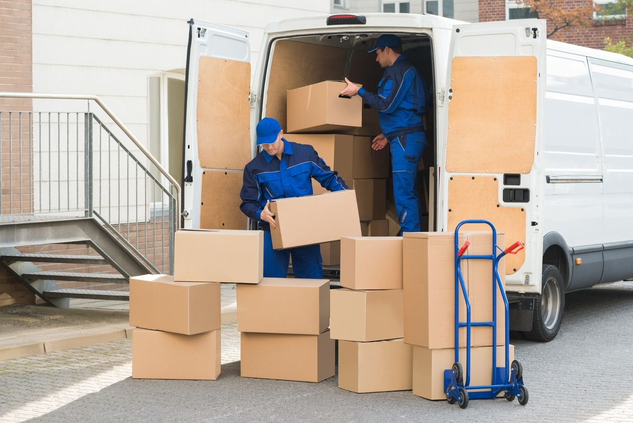 Benefits of Hiring Professional Movers When You Move Interstate ...