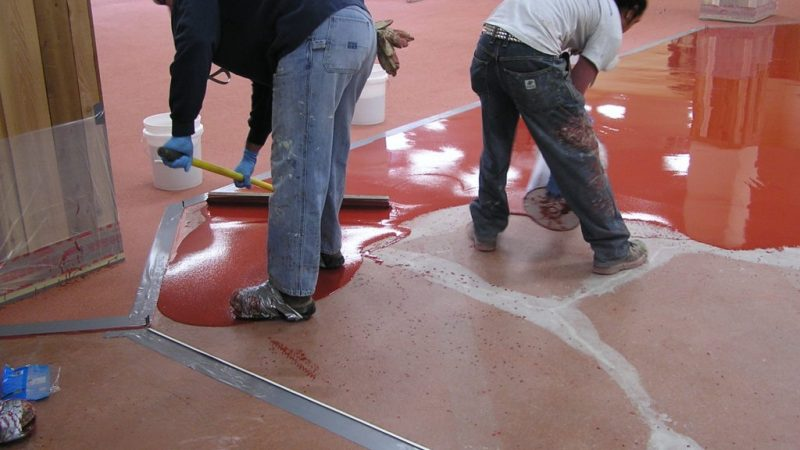Applying Epoxy Floor Coating