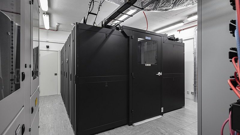 Benefits and Applications of Uninterruptible Power Supply System