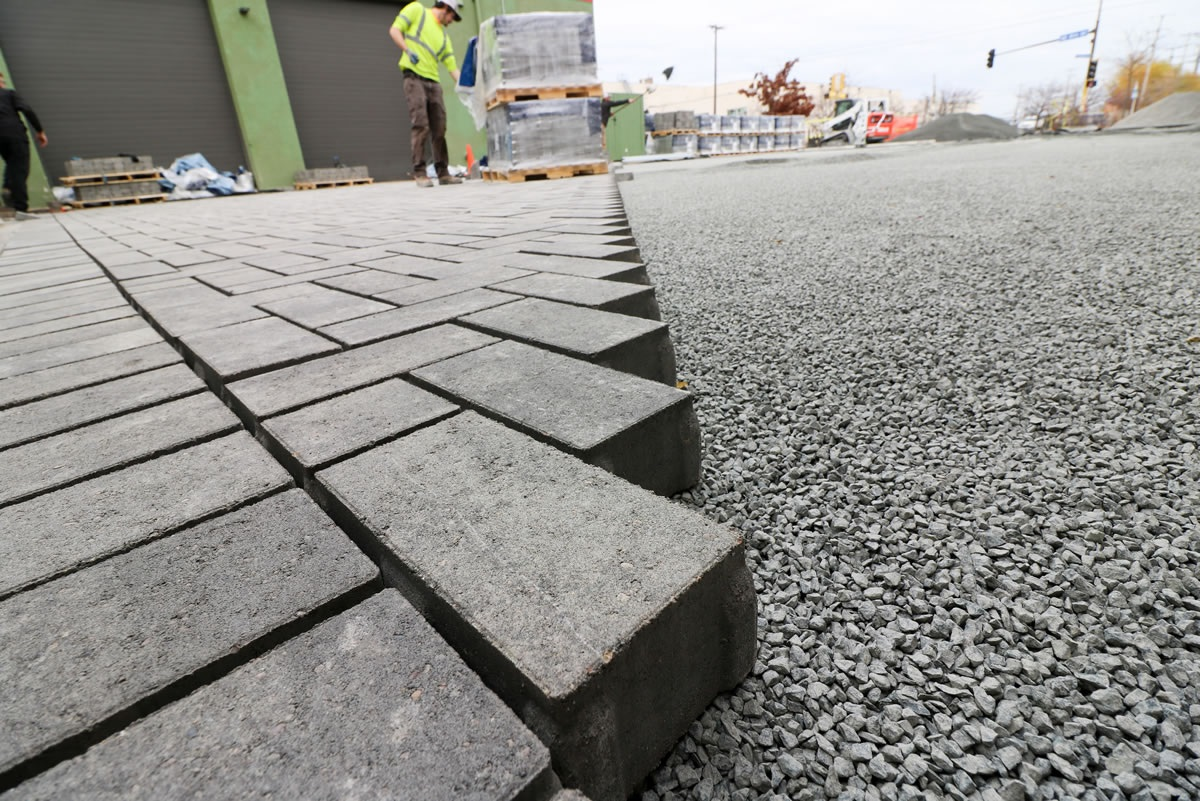 Which are benefits of installing permeable pavement?